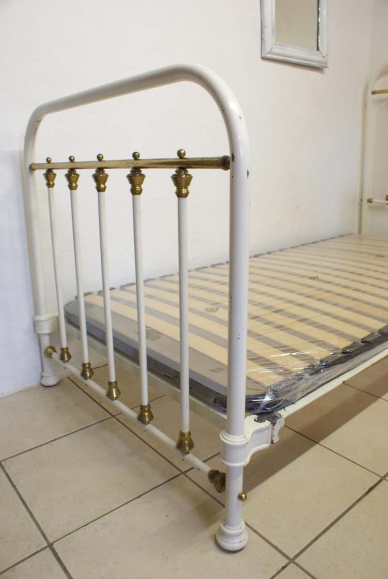 Antique french iron bed -  Antique French Single Cream Iron Brass Bed 3ft Includes Base Sold Previous Next