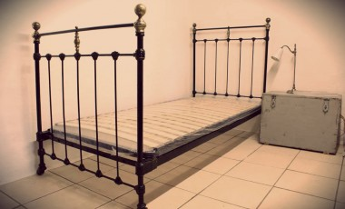 Single Slatted Bed Bases 90 cm Wide & 100 cm Wide
