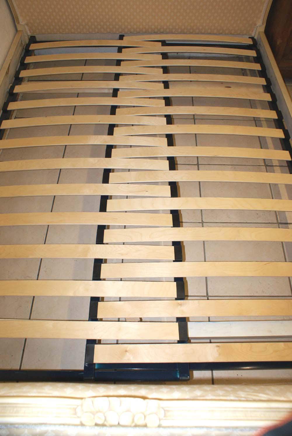 French Corbeille Bed Upholstered Bed Adjustable Slatted Bed Base
