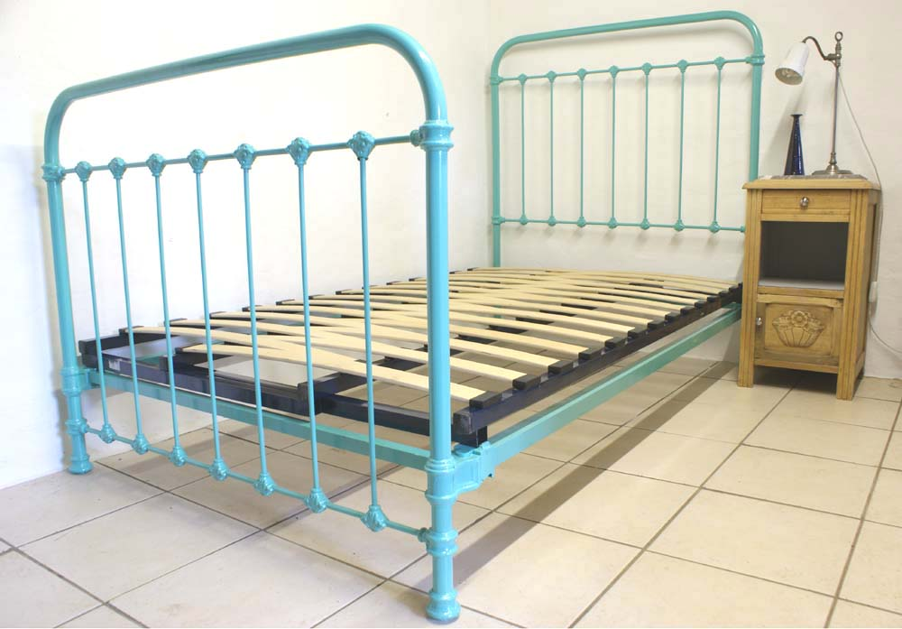 French Single Metal Bed Turquoise Blue 3 Ft 9 Renovated Includes Base