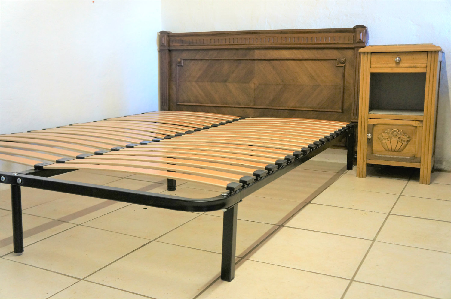 Bed 140 Cm.Slatted Bed Base With Legs Flat Pack Standard Uk Double 140 X 190 Cm